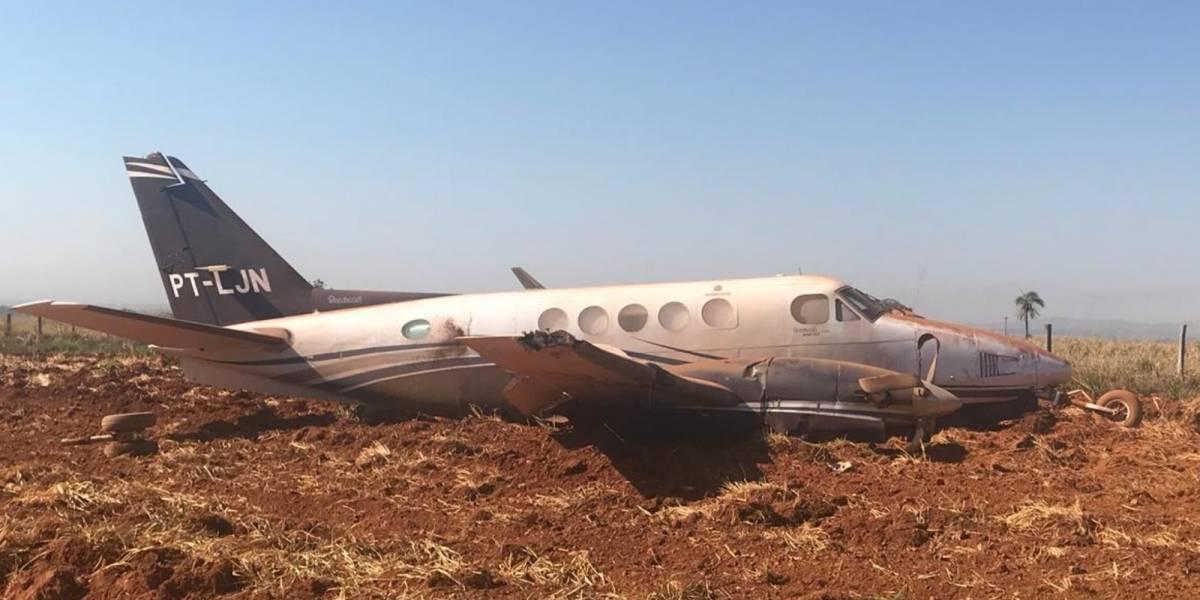 Susto: Avião com candidato ao governo de Goiás sai da pista durante pouso
