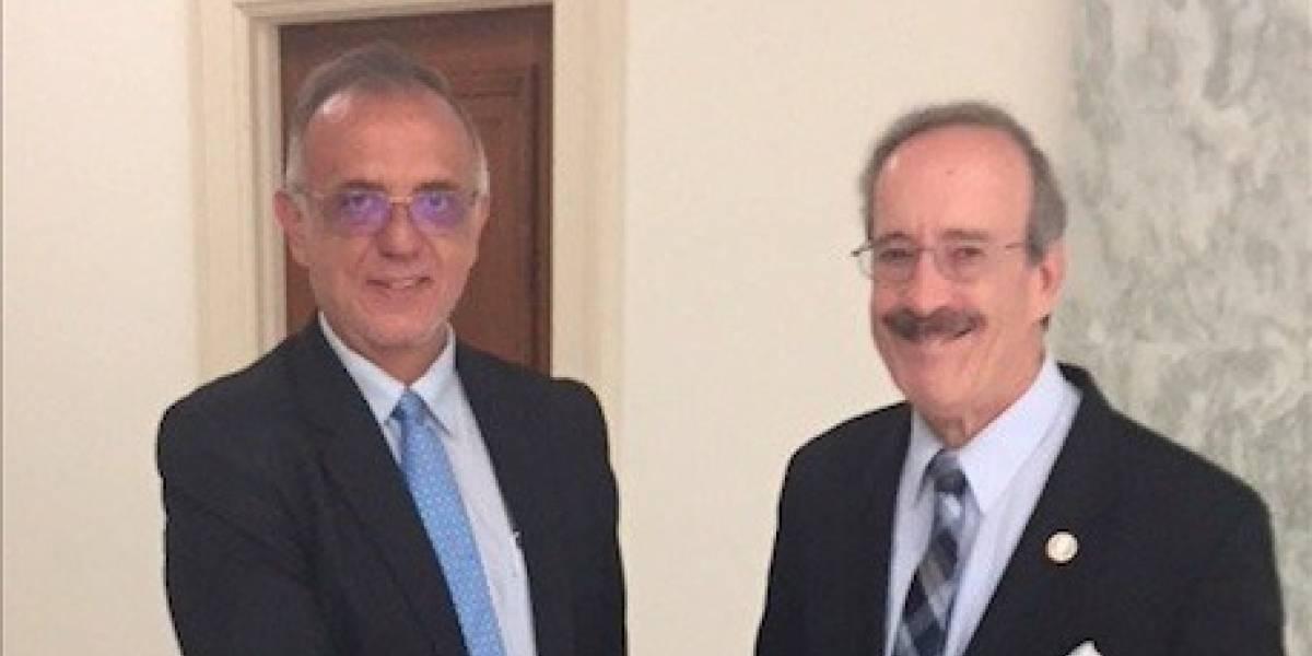 Congresista estadounidense Eliot Engel se reúne con el jefe de la CICIG