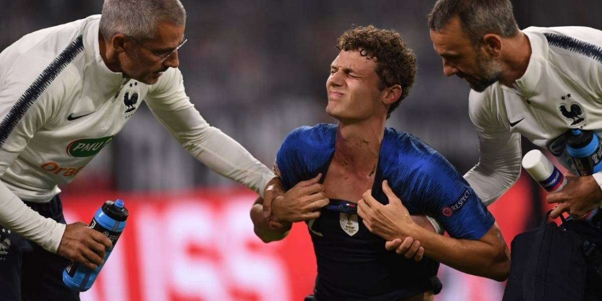 La brutal agresión a Benjamin Pavard en el partido entre Francia y Alemania