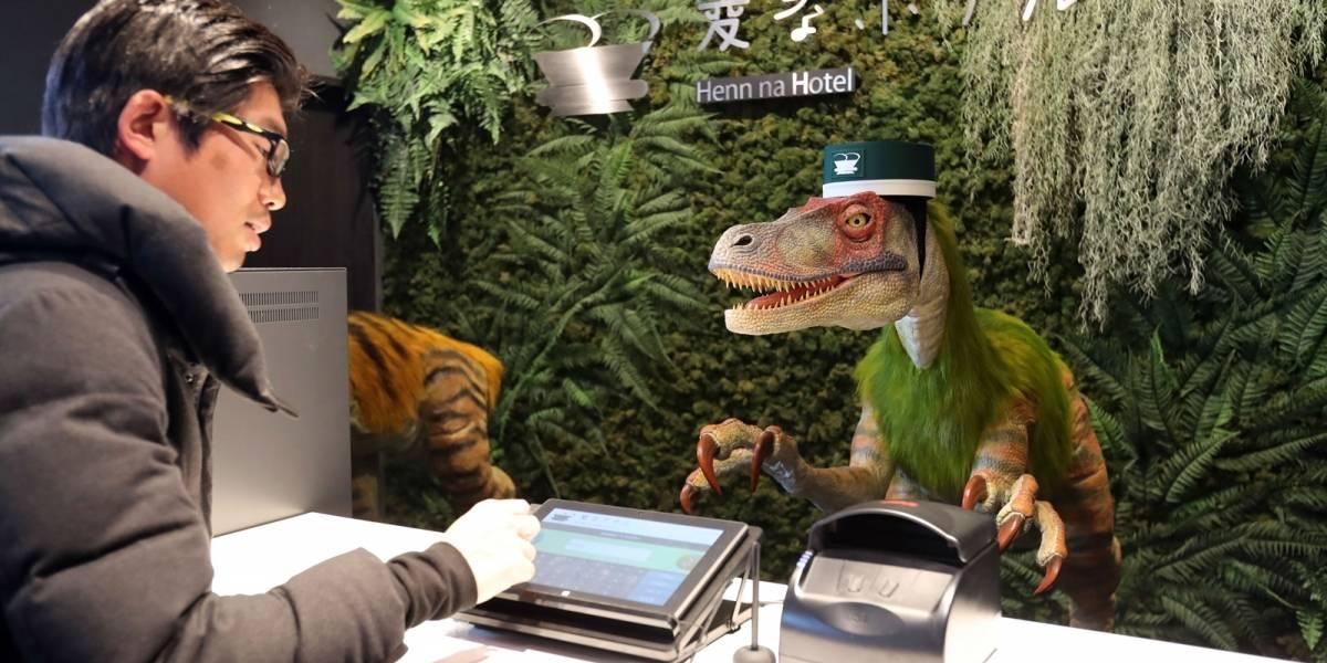 """Conoce este hotel japonés llamado """"Henn na"""" que es atendido por dinosaurios"""