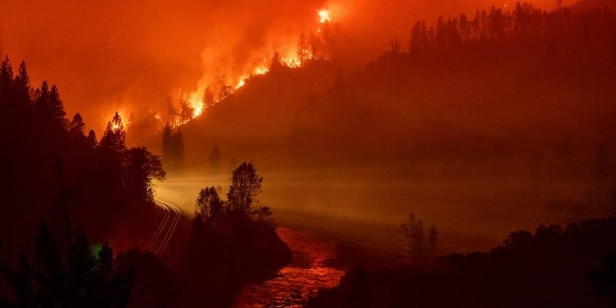 FOTOS. Feroz incendio crece y pone en alerta a California