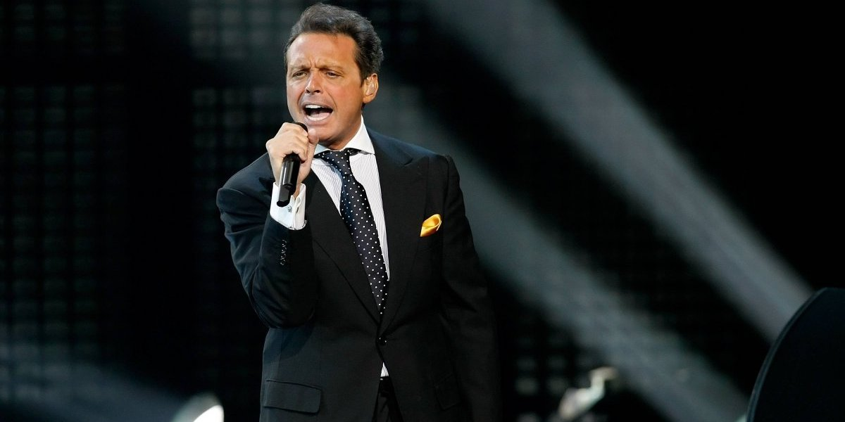 Golovkin impide que Luis Miguel cante Himno de México en pelea con 'Canelo'