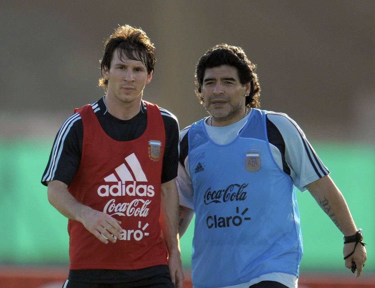 Maradona cuando dirigió a Argentina.