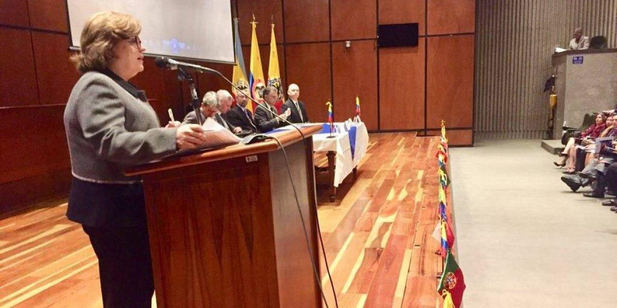 ¿Cómo se llama el presidente? Ministra confundió a Duque con Uribe en pleno discurso