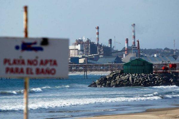 Gobierno anuncia cinco medidas para atacar crisis en Quintero-Puchuncaví