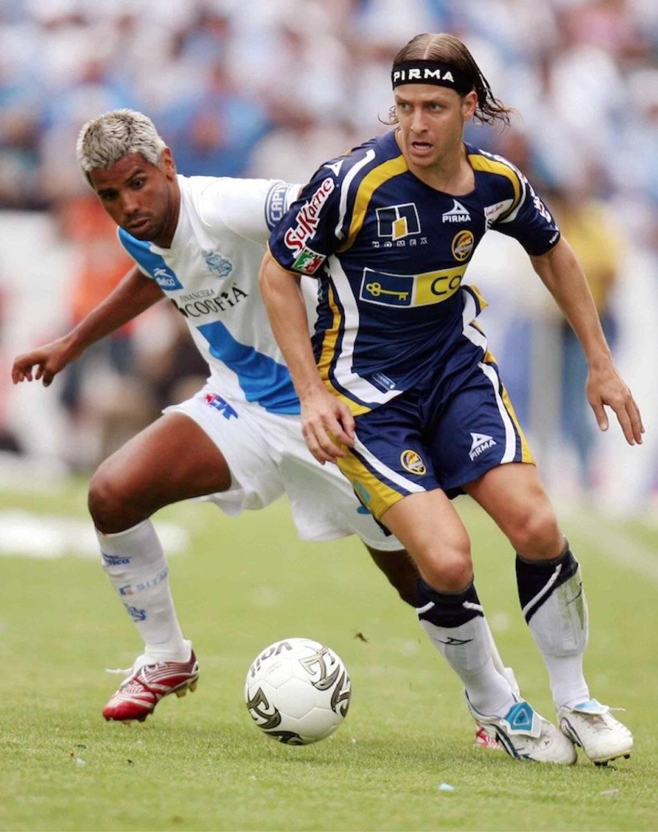 Carlos Casartelli: Casartelli hizo una larga carrera en México y no decepcionó. También anotó varios goles para el conjunto del