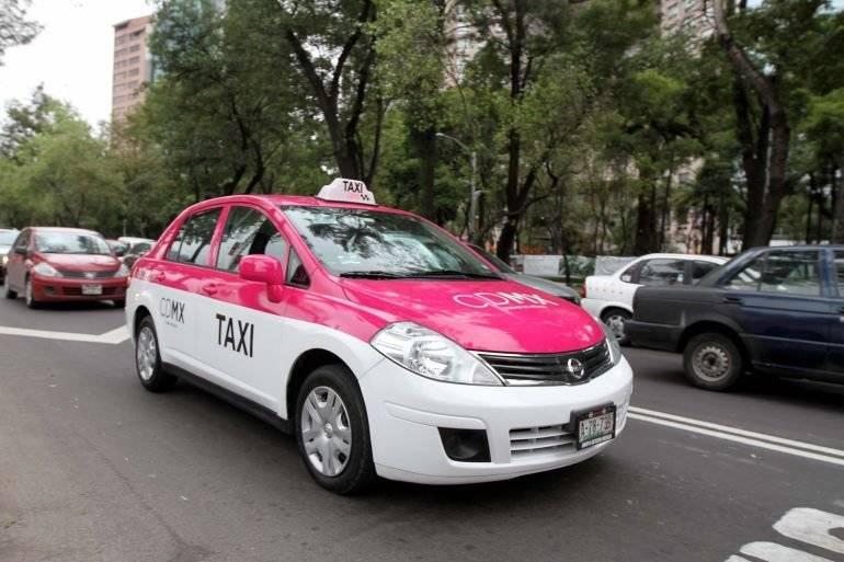 Sería difícil que de regreso los taxistas carguen pasaje. Twitter.