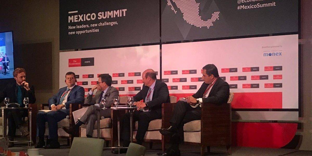 'Secretarios' de AMLO cancelan participación en cumbre de The Economist