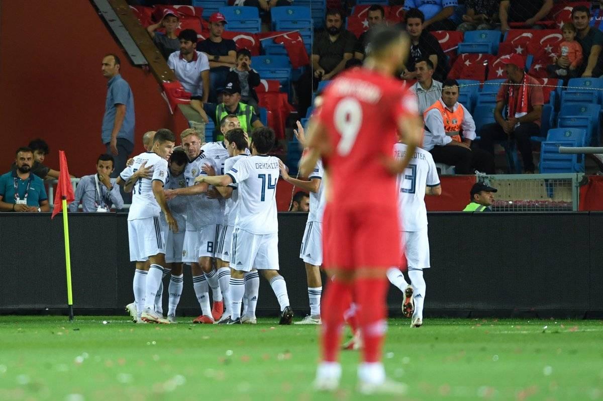 Rusia festejó su primer triunfo