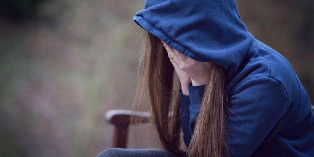 Niña argentina es víctima de bullying, sus compañeros le cortan el cabello