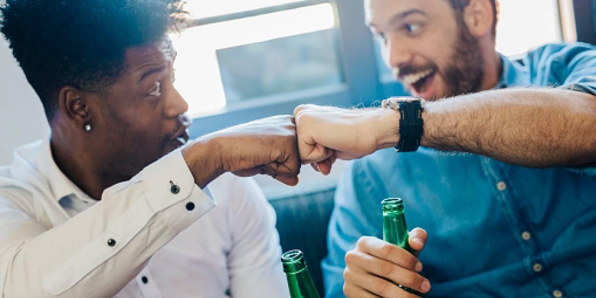 ¿Los hombres sienten atracción entre ellos cuando consumen alcohol?