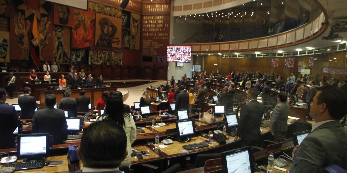 Asamblea decidirá este jueves si expulsa a legisladoras Espín y Vallejo