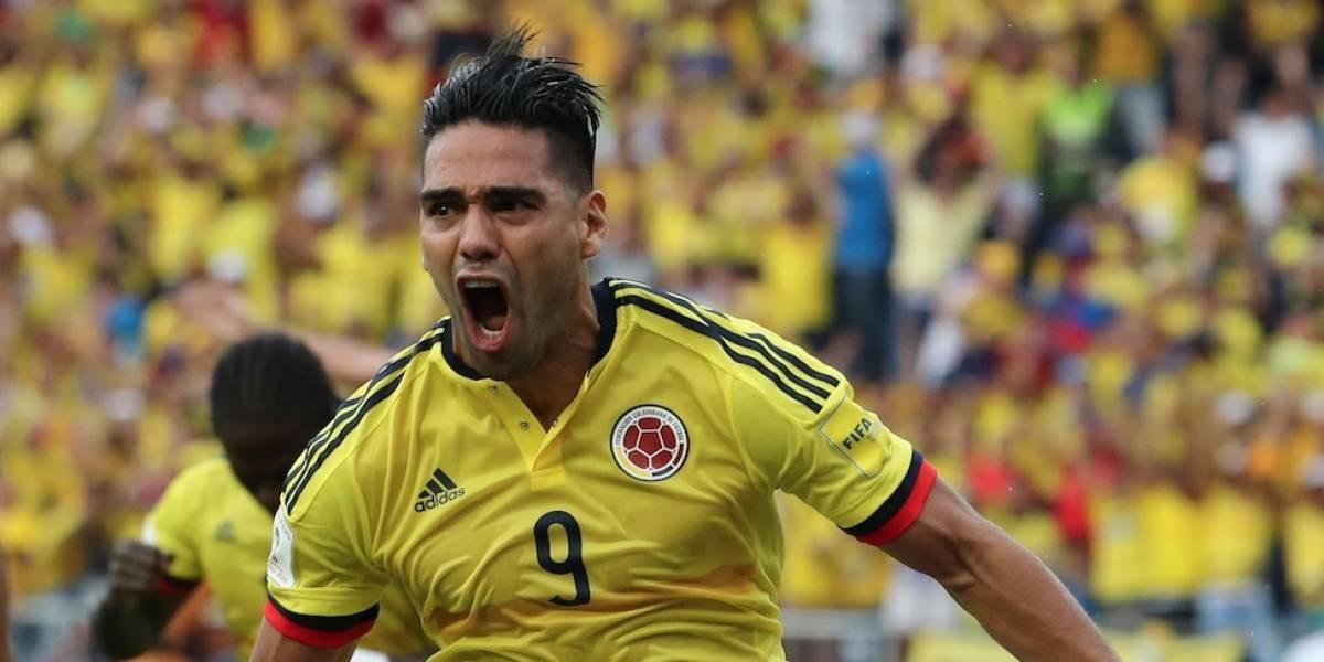 El colombiano salió en camilla ante Venezuela — Preocupa Arias