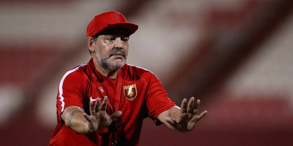 Maradona designó al cuerpo técnico que lo acompañará en Dorados de Sinaloa