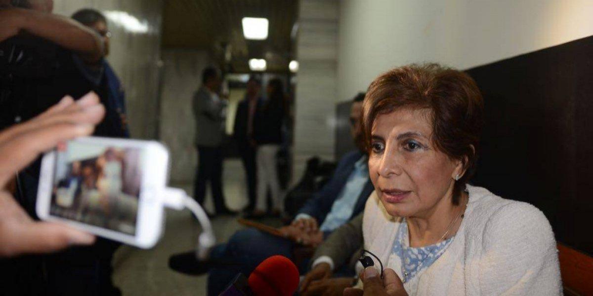 Diputada Montenegro presenta pruebas de descargo por antejuicio en su contra