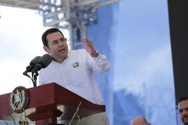 presidente Jimmy Morales inaugura comisaría de PNC en Quetzaltenango