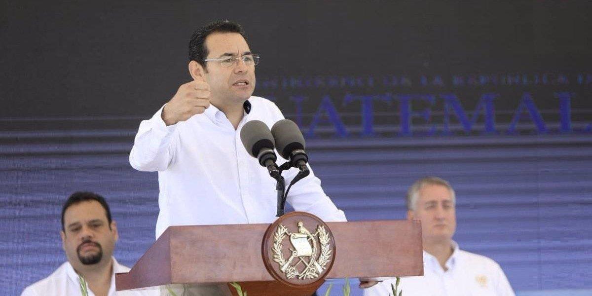 """Presidente sobre mantas de """"non grato"""" en Quetzaltenango: """"Yo no he hecho nada malo"""""""