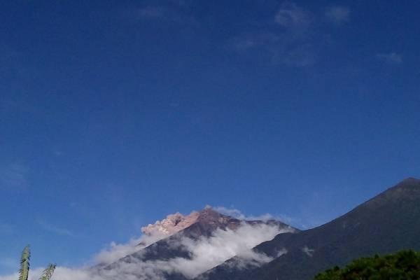 Avalancha en el volcán de Fuego