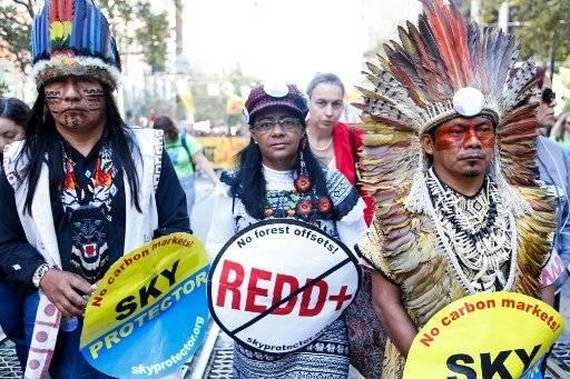 En varios países se llevaron a cabo marchas a favor de detener el cambio climático. AFP