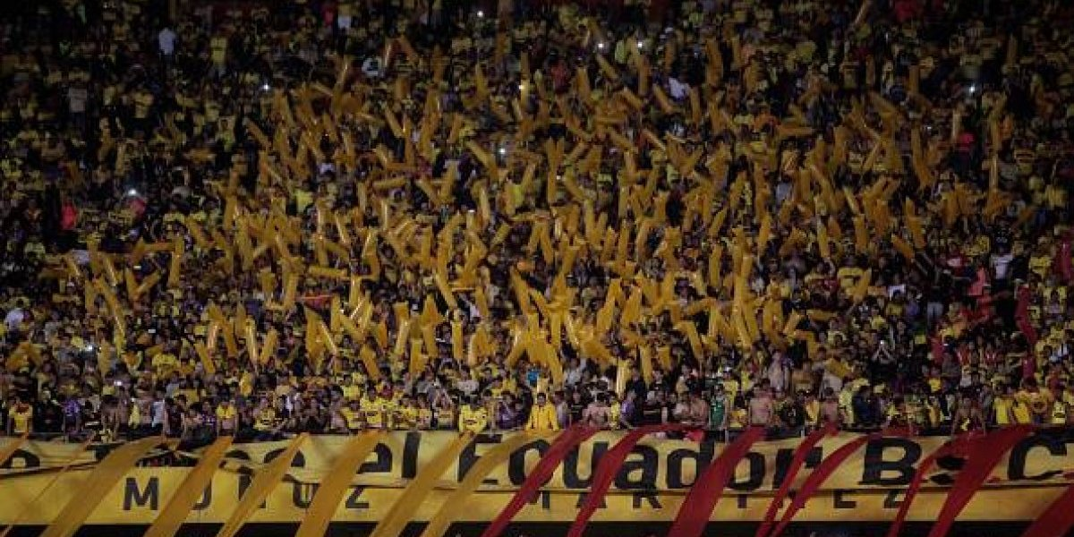 Clásico del Astillero: Almada detiene la práctica de Barcelona por la presencia de un dron