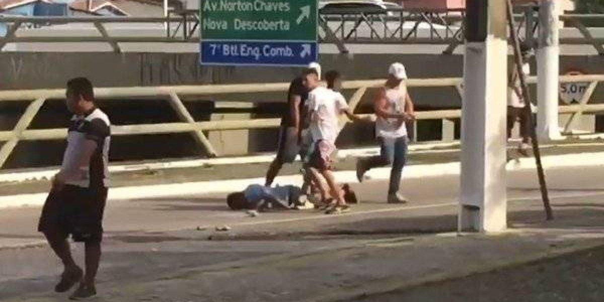 VIDEO: Se desata brutal pelea entre aficionados previo a un partido en Brasil