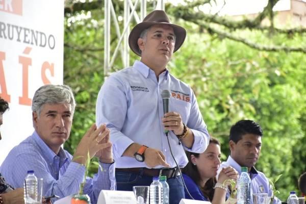 Duque es blanco de críticas en redes tras reafirmar este compromiso con Bogotá