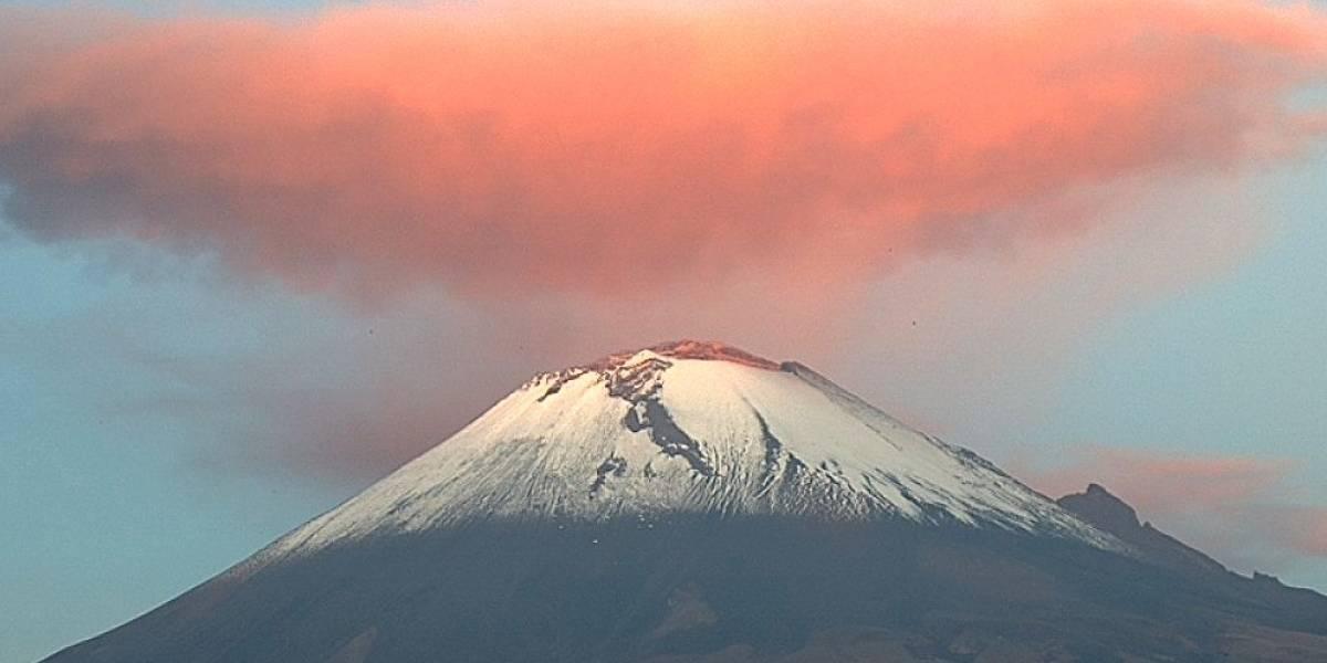 VIDEO. Violenta explosión de ceniza en volcán mexicano