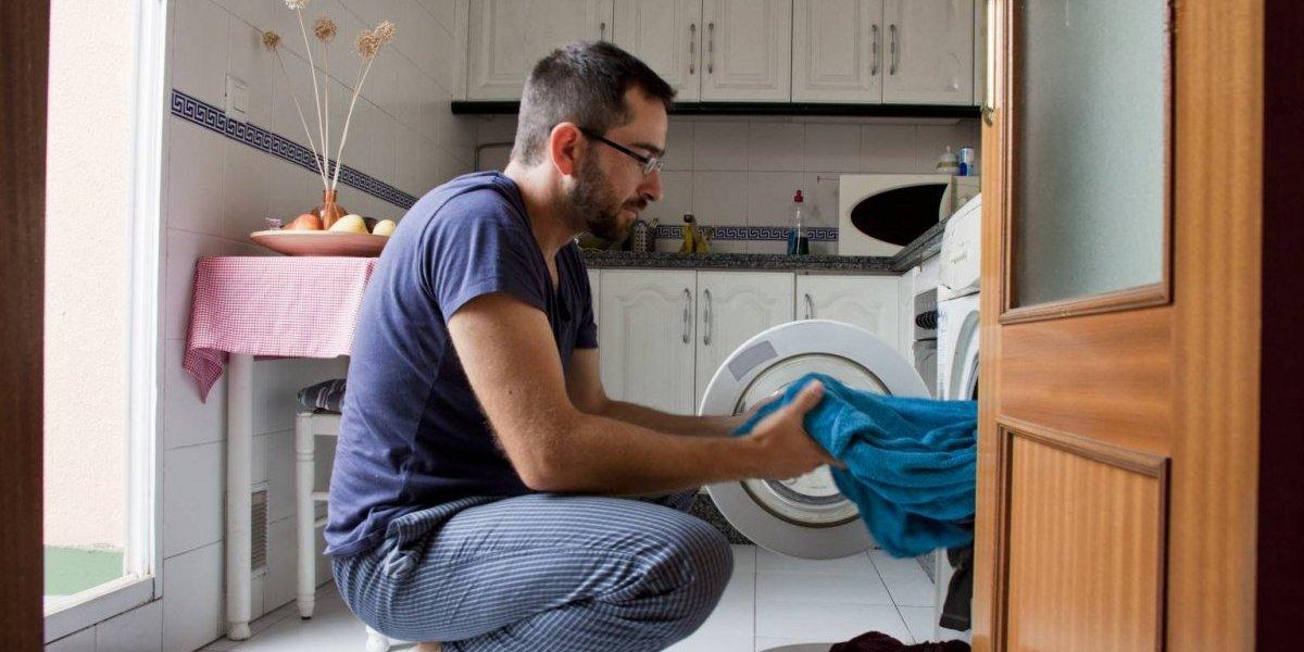 Estudio: ¿Qué harían los chilenos si no invirtieran tanto tiempo en lavar?