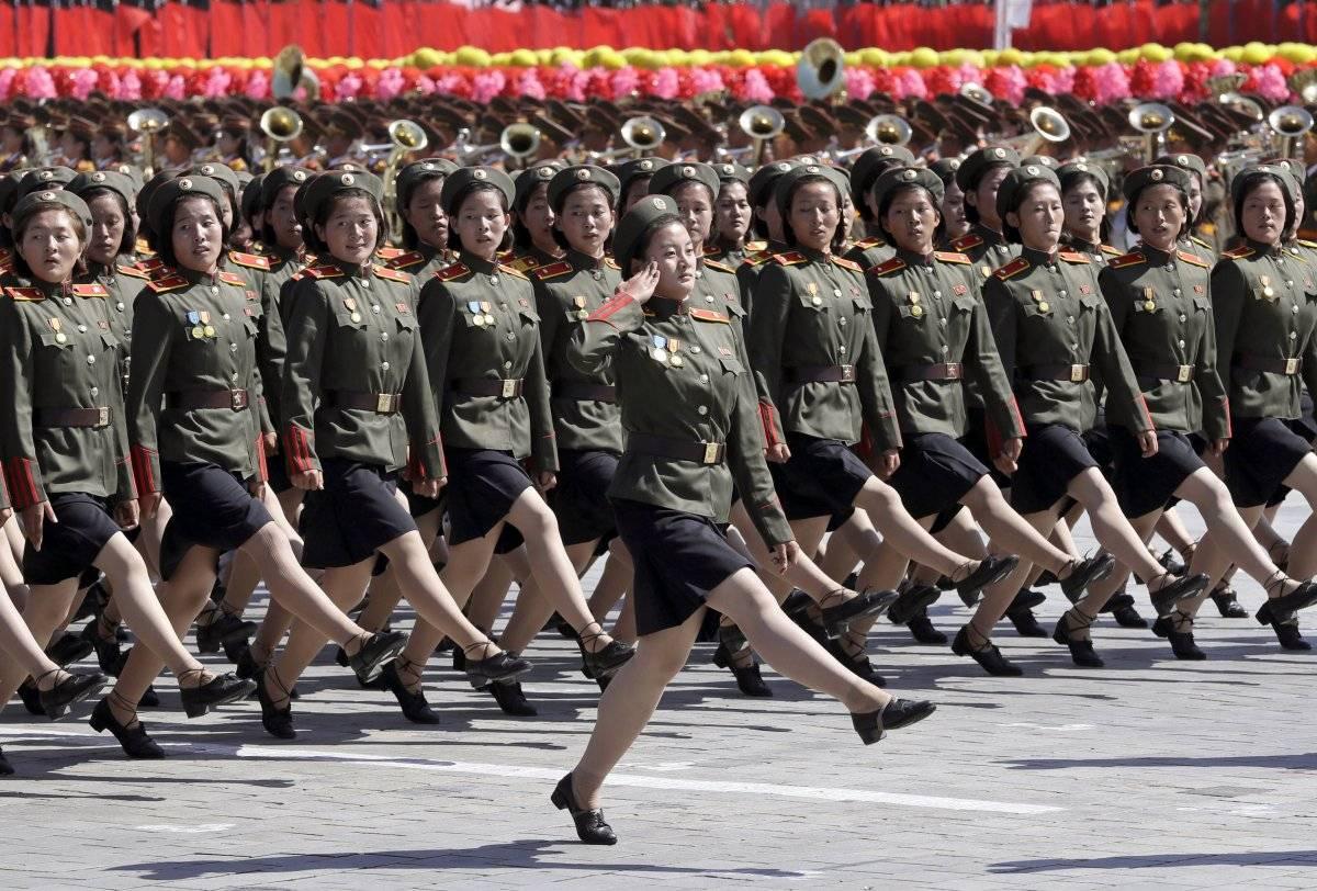 el desfile fue notable por su relativa moderación: no había referencias directas a las armas nucleares de Corea del Norte, y no había misiles balísticos intercontinentales.