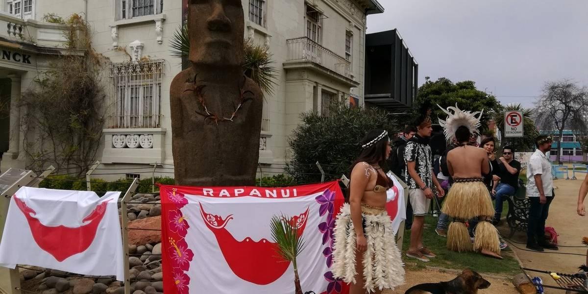Piden devolver Moái de Viña a Rapa Nui