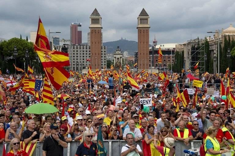 Marcha contra el movimiento separatista en Barcelona