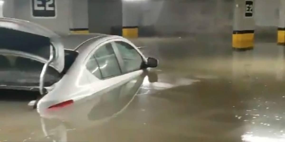 Intensa lluvia causa estragos en Monterrey