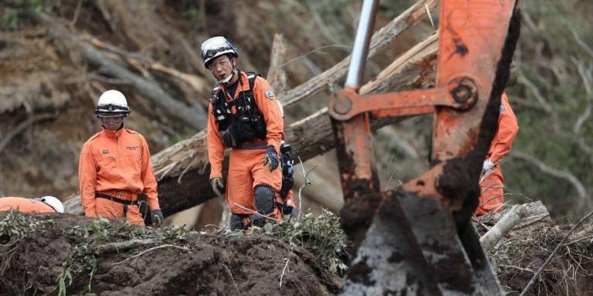 Confirman 39 muertes tras devastadorterremoto en Japón