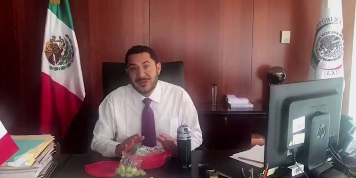 Martí Batres lanza el #TuppersChallenge y se hace viral