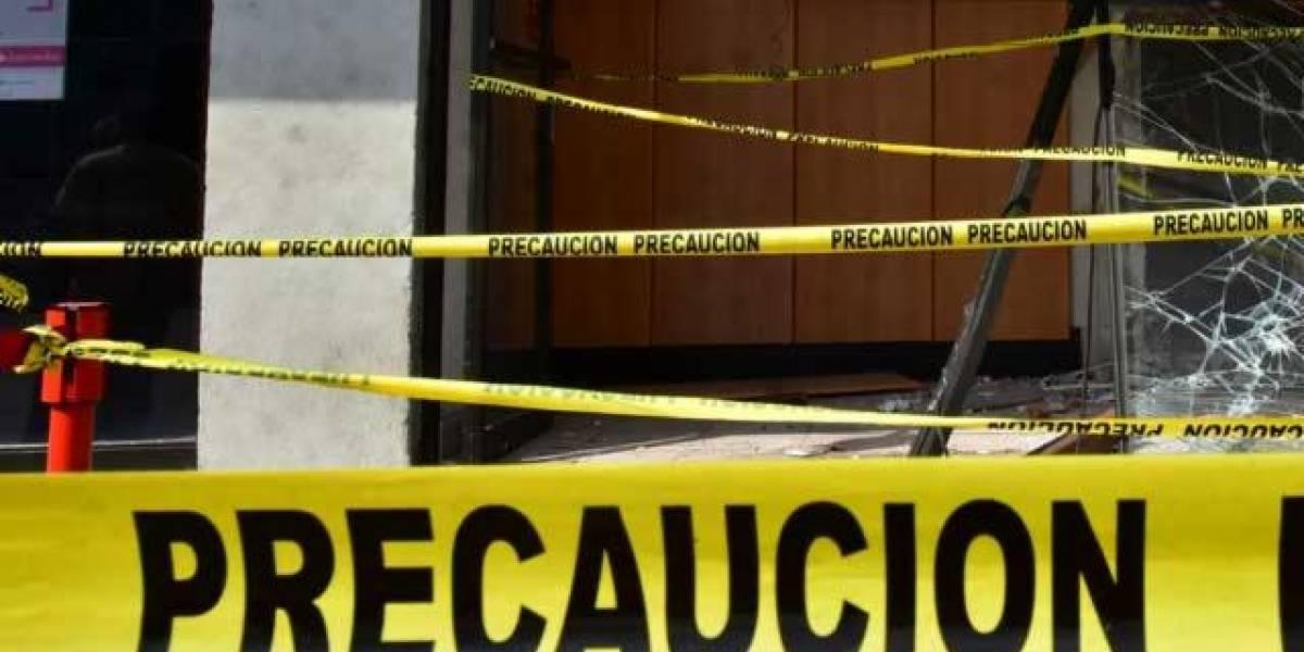 Hombre muere aplastado al caer elevador en la Del Valle