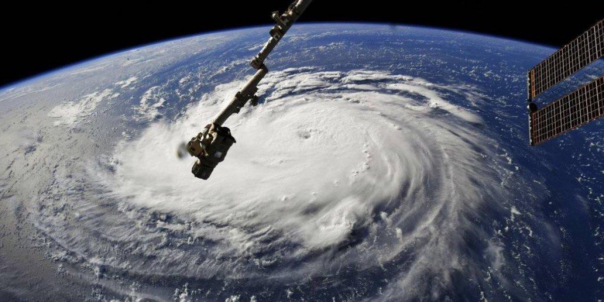 Carolina del Norte se prepara para recibir embates de huracán Florence que creció a grado 4