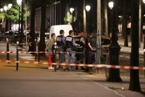 Ataque con cuchillo en París