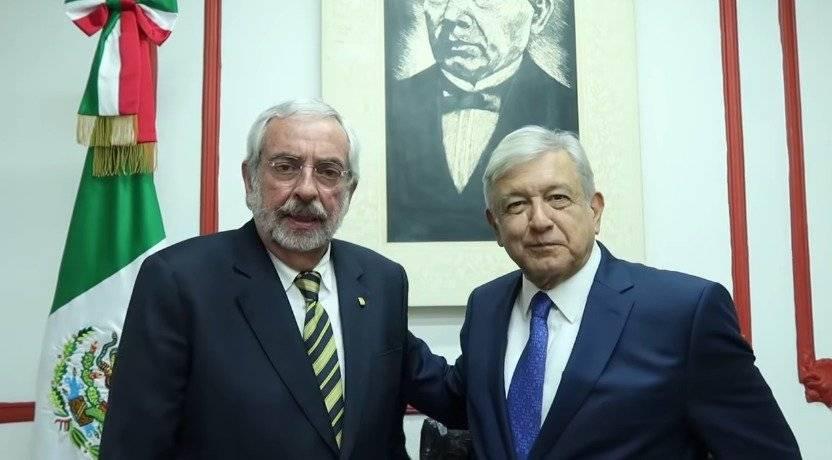 Ambos se reunieron alrededor de 30 minutos en la casa de transición en la colonia Roma Foto: Captura
