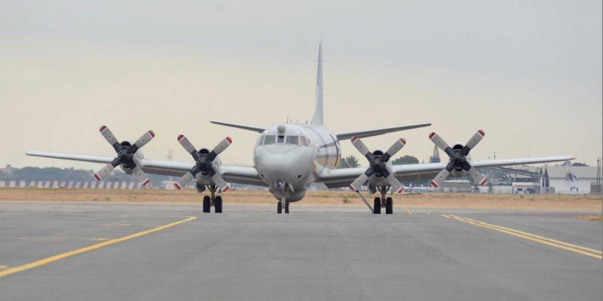 Ecuador decomisa cerca de una tonelada de droga con apoyo de avión de EE.UU.