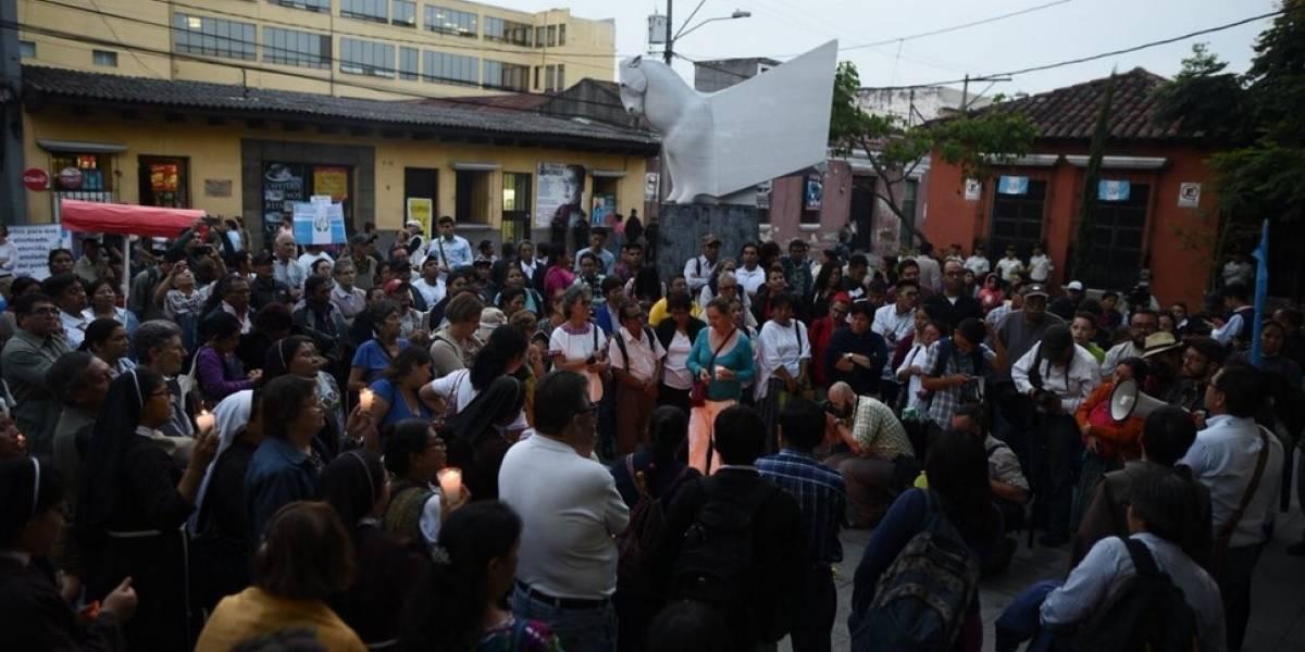 """Marchas en apoyo a la CICIG y rechazo al """"pacto de corruptos"""""""