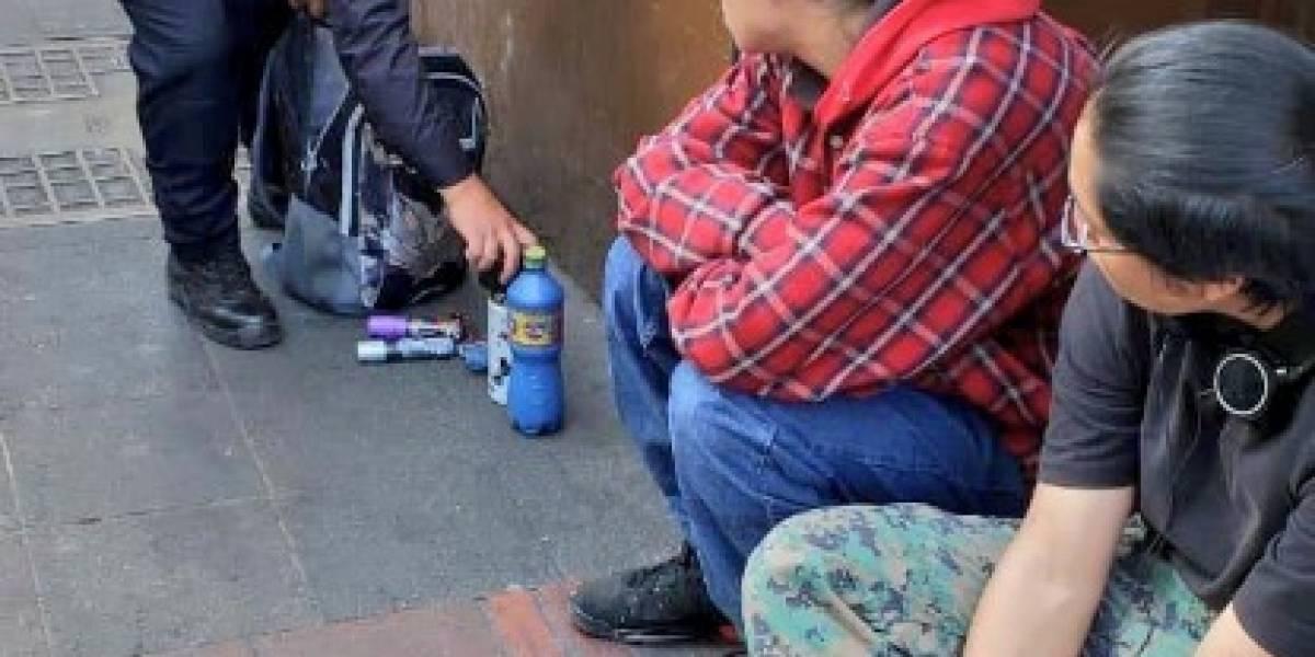 Dos detenidos por grafitear paredes en el Centro Histórico de Quito