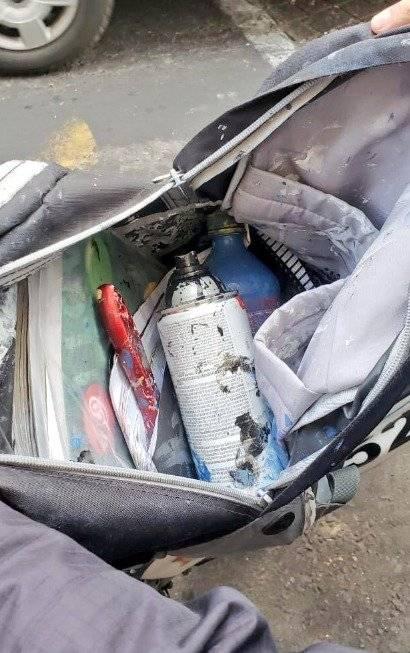 Los detenidos portaban latas de pintura