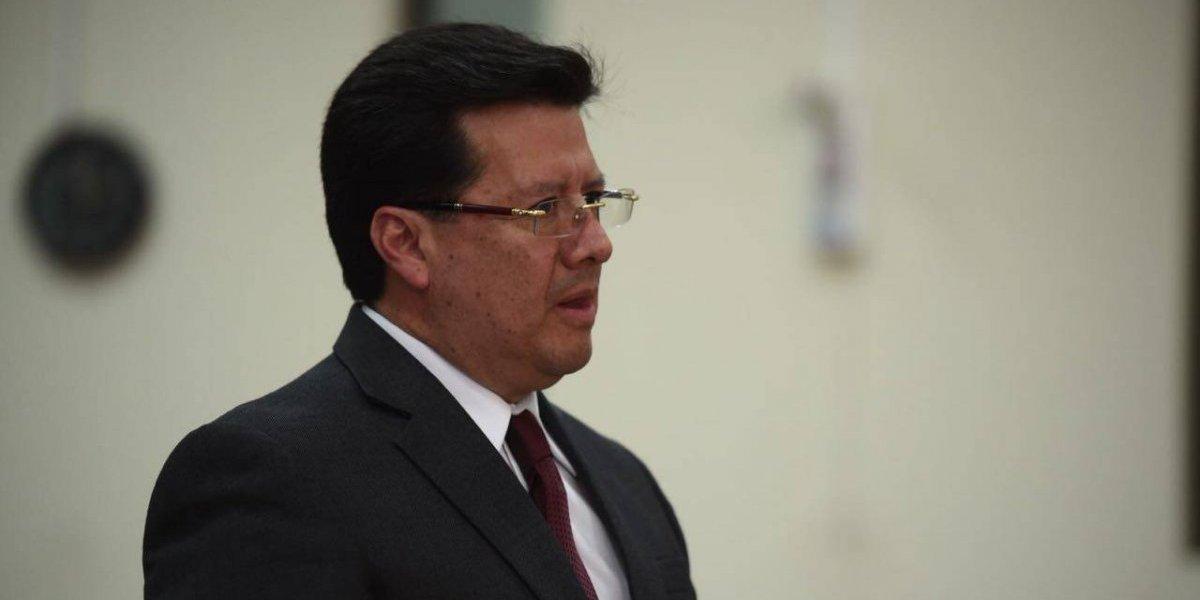 Exmagistrado Douglas Charchal es beneficiado con arresto domiciliario