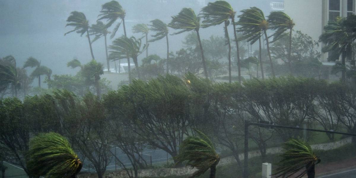 Florence se fortalece a huracán categoría 4