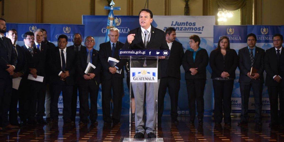 Gobernadores respaldan a Morales y mandan mensaje a la comunidad internacional