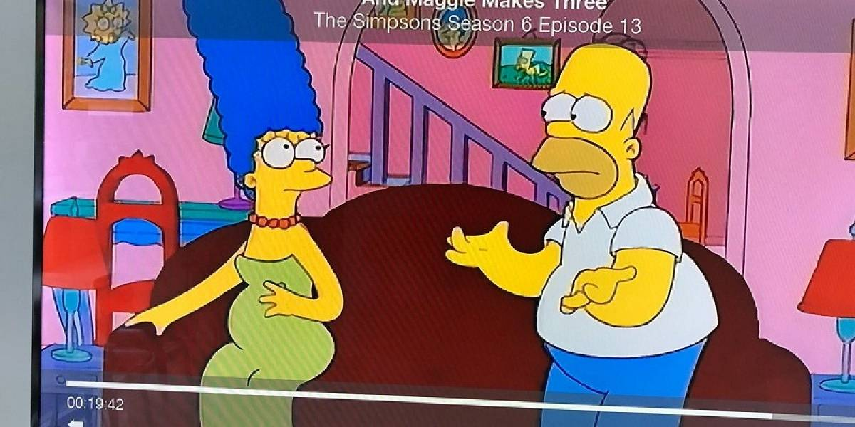 """El error en """"Los Simpson""""; la foto de Maggie sin haber nacido"""