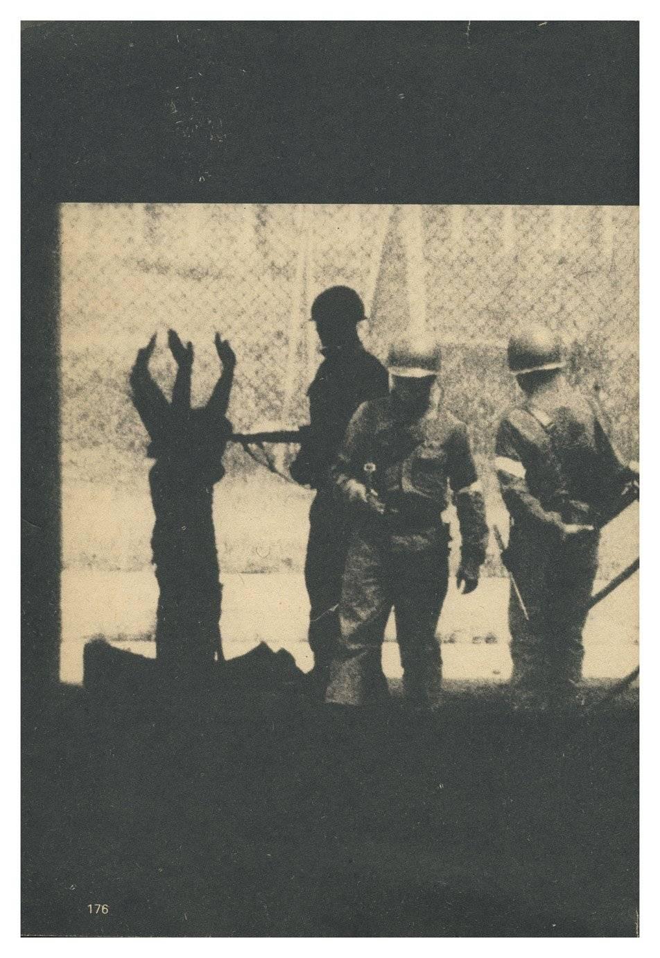 Cerca de 40 mil personas fueron llevados en calidad de prisioneros al Estadio Nacional