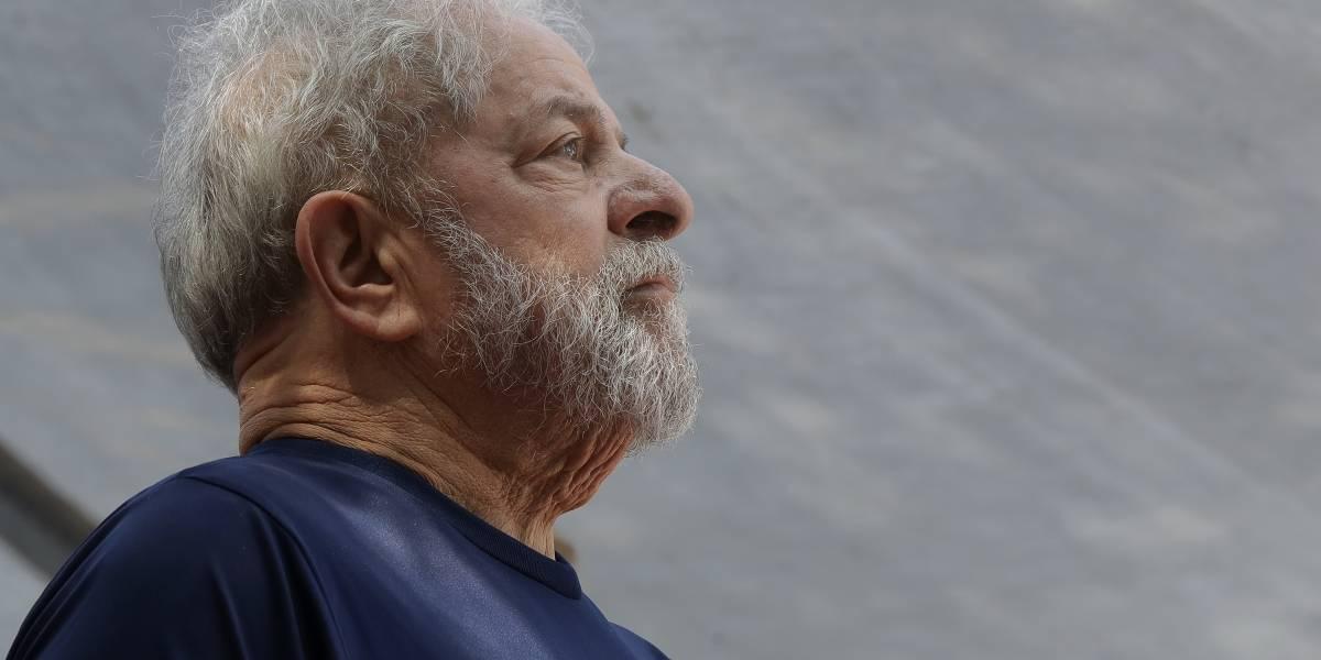 Prohíben al ex presidente Lula da Silva dar entrevistas