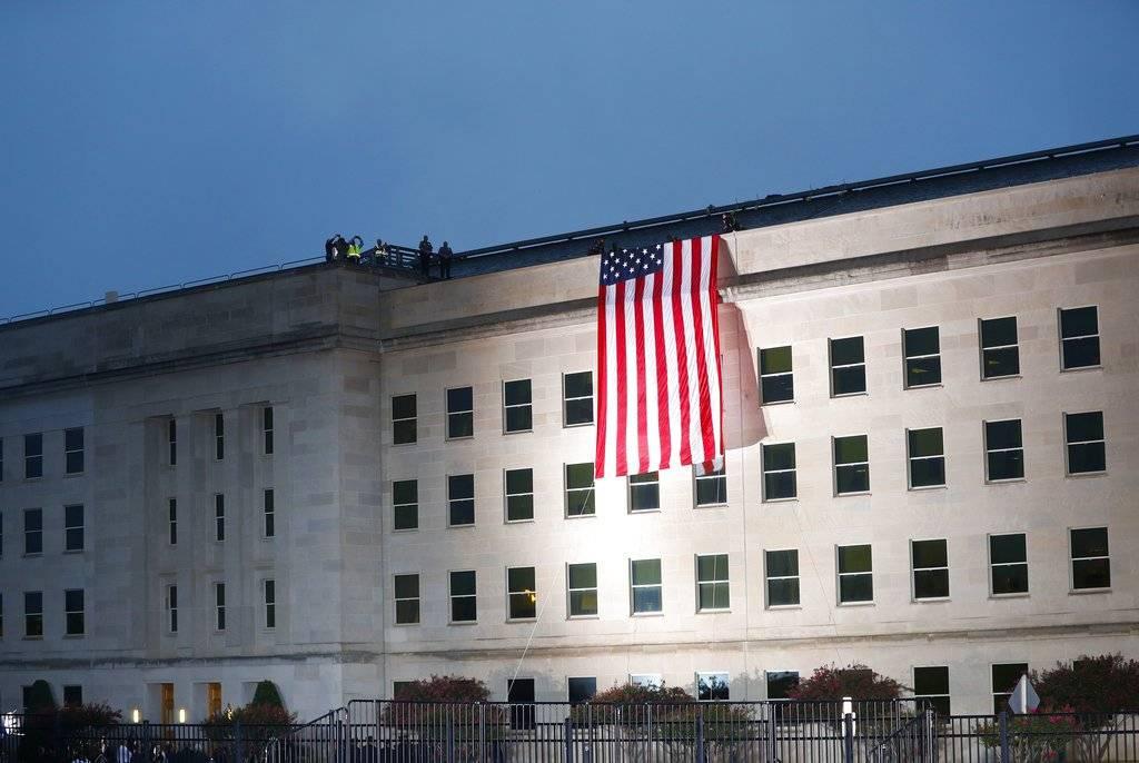 Así luce el Pentágono durante la ceremonia de este 11 de septiembre Foto: AP