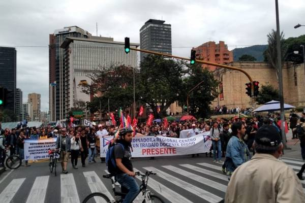 xcerradas varias estaciones de TransMilenio por manifestaciones